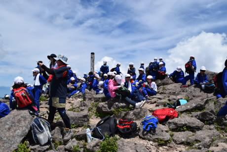 H30 climbing & camp1 55.jpg