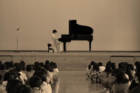 piano biraki2.jpg