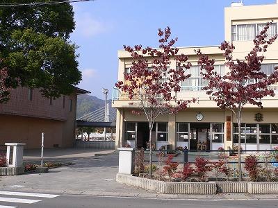 神川小学校のホームページ - 秋...