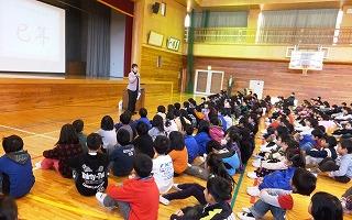 201201103gakkishigyoushiki.jpg
